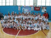 Команда Симферопольского района заняла первое место в соревнованиях по киокусинкай каратэ